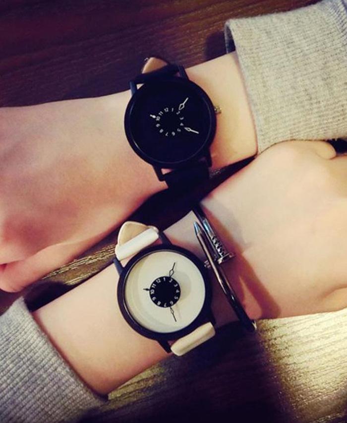 7649ba79192 Leather Quartz Wrist Watches Lovers Couple Fashion Watch for Men Women